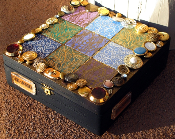 Te Amo Mixed-Media Treasure Box made from cigar box and linoleum tile samples.